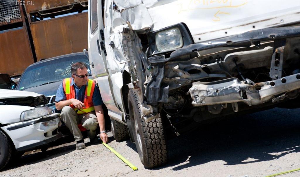 небольшой Экспертиза повреждений автомобиля после дтп затянулась, как
